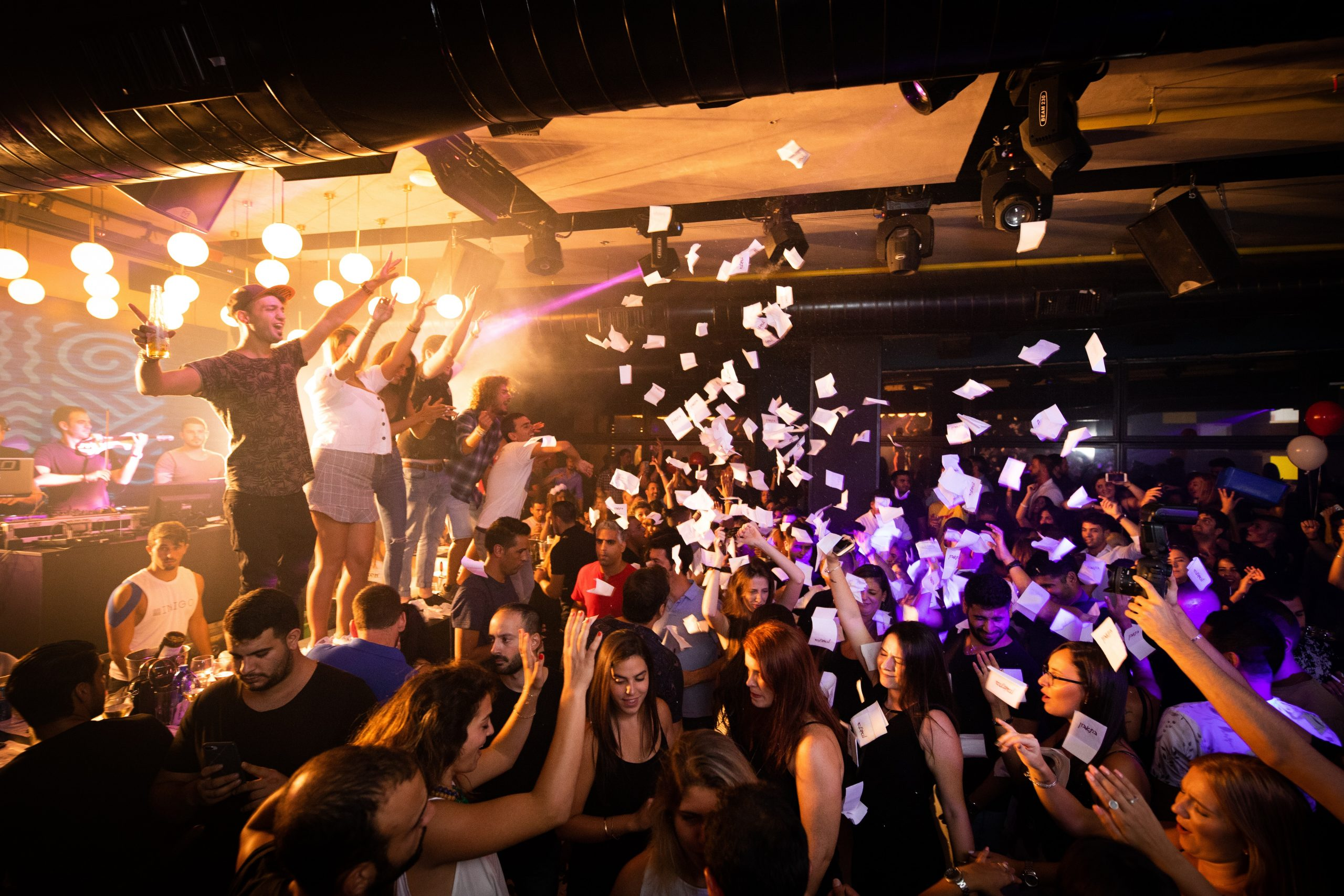 ABSENTEE OWNER Vegas Party Bus and Club Crawls – EXPLOSIVE Growth